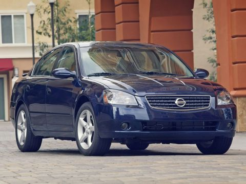 Pre-Owned 2006 Nissan Altima 2.5 S FWD 4D Sedan