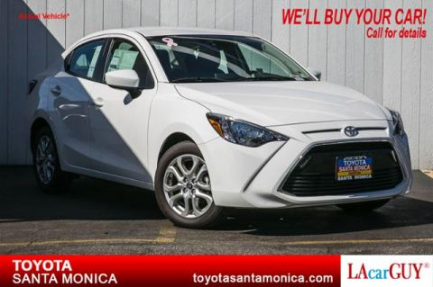 New 2017 Toyota Yaris iA Automatic FWD 4dr Car